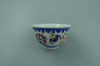 青花加彩福寿纹碗