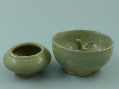 越窑青釉水盂、杯