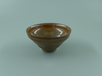 建窑柿红釉茶盏