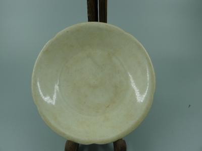 宣州窑白釉盘