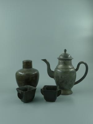 锡制茶具一组