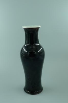 乌金釉观音瓶