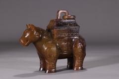 旧藏:高古玉饕餮纹兽尊